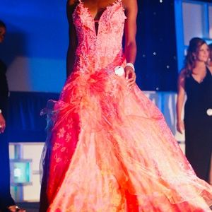 🎀🔥✨Bicici- Pageant/Prom/Evening Gown  Sz-Sm🎀🔥✨